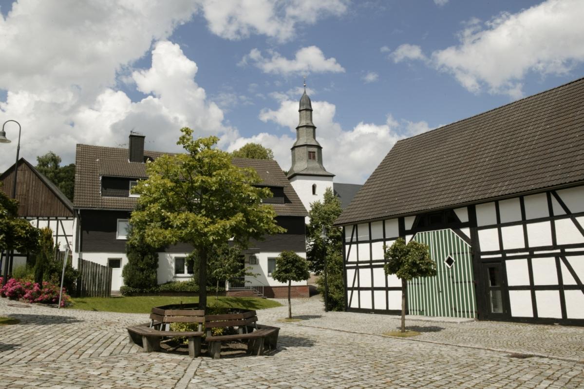Dorfplatz Medebach-Deifeld