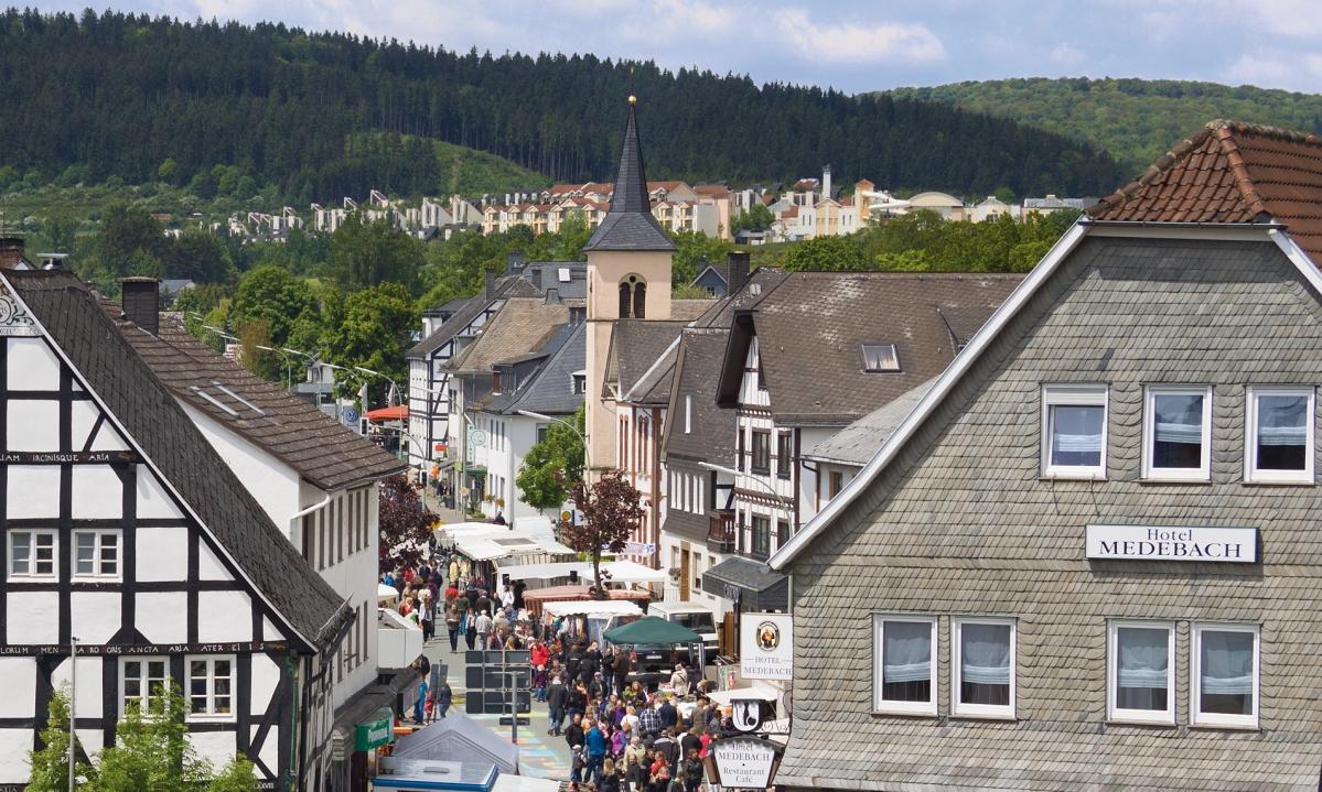 Hansestadt Medebach: Blick in Richtung Oberstraße und Center Parcs