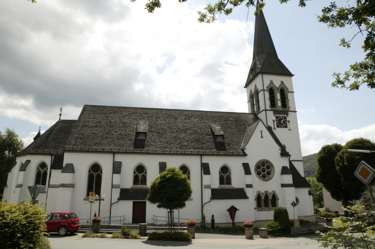 Kirche Medebach-Medelon